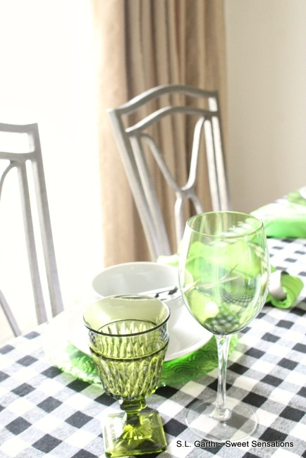 Casual Spring Tablescape 22