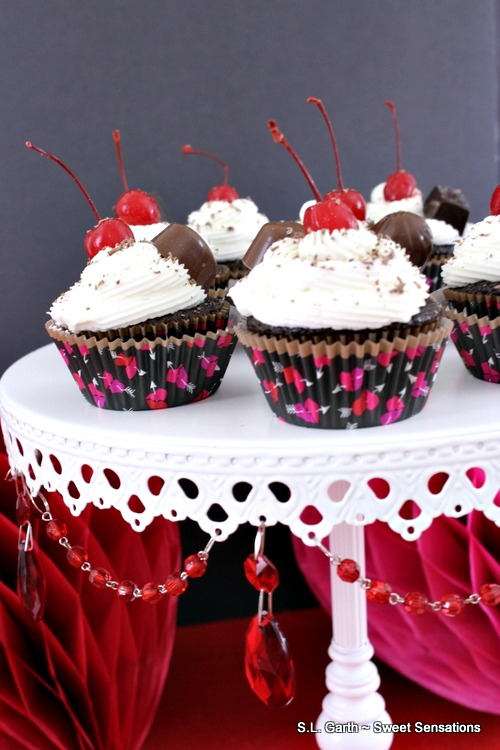 Here are five ways to dress up a cupcake that are easy and won't break the bank.