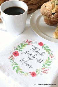 Here are a few easy Mother's Day Breakfast Ideas that will satisfy mom and won't break the bank.