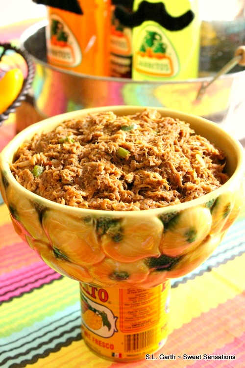 For this Cinco de Mayo Fiesta the food and décor was very casual and easy to pull together.